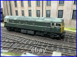 Heljan Class 27 27001 BR Green Livery DCC sound Chipped And Weathered